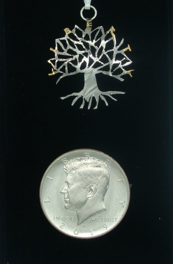 KENNEDY-TREE-WITH-UNCUT-COIN-CLOSEUP
