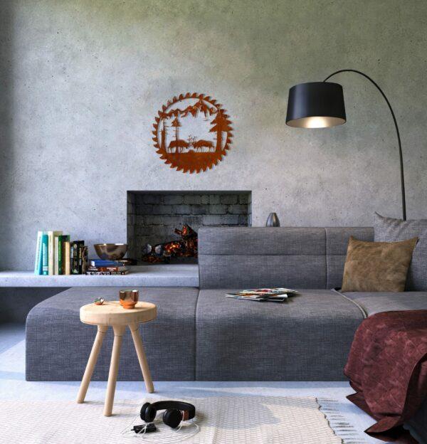 buzz-blade-in-living-room-fighting-elk-rust-scaled
